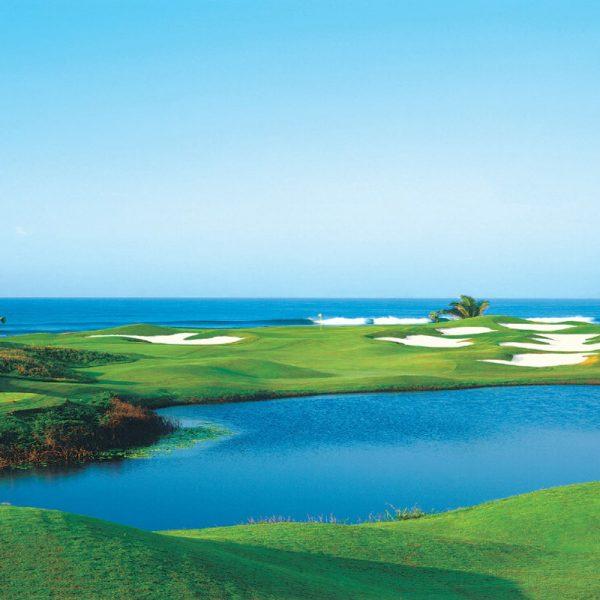 Tres Vidas Golf Course
