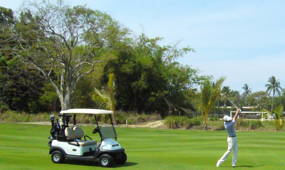 Acapulco Golf Travel Article